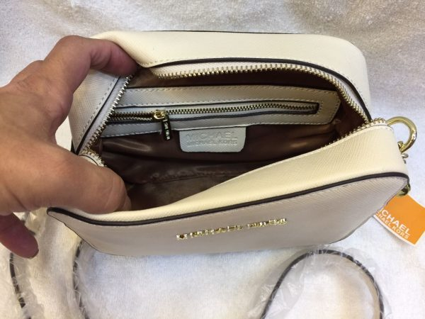 CE01 Michael Kors Crossbody Off White