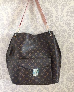 CE10 Louis Vuitton Métis Hobo Monograma
